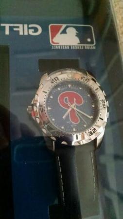 MLB Philadelphia Phillies Game Time Watch & Wallet Gift Set