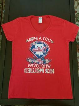 Philadelphia Phillies Women's Medium Red V-Neck T-Shirt Just